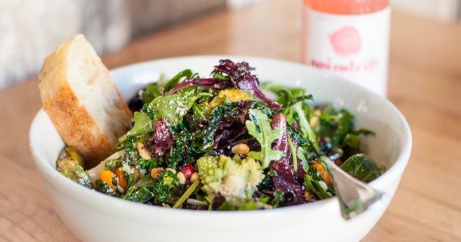 blue barn marin winter salad-657x345